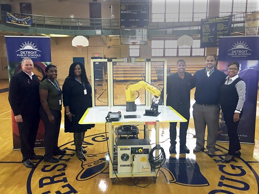 Detroit Public Schools add new robotics training program